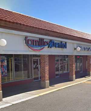Familia Dental Wheeling