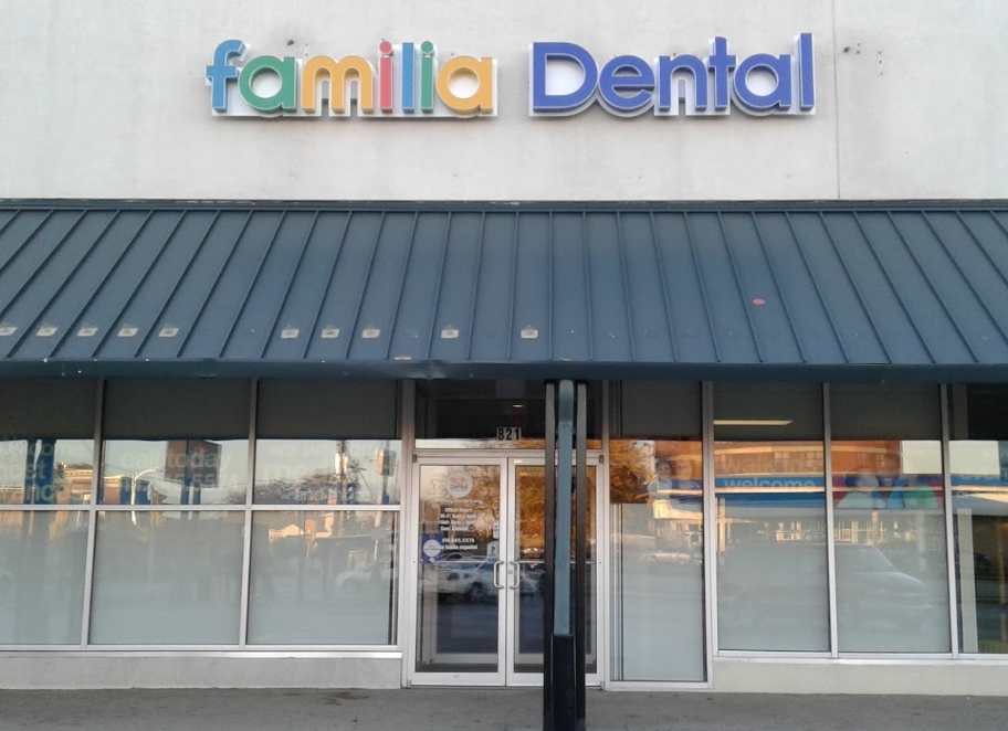 Familia Dental Mitchell